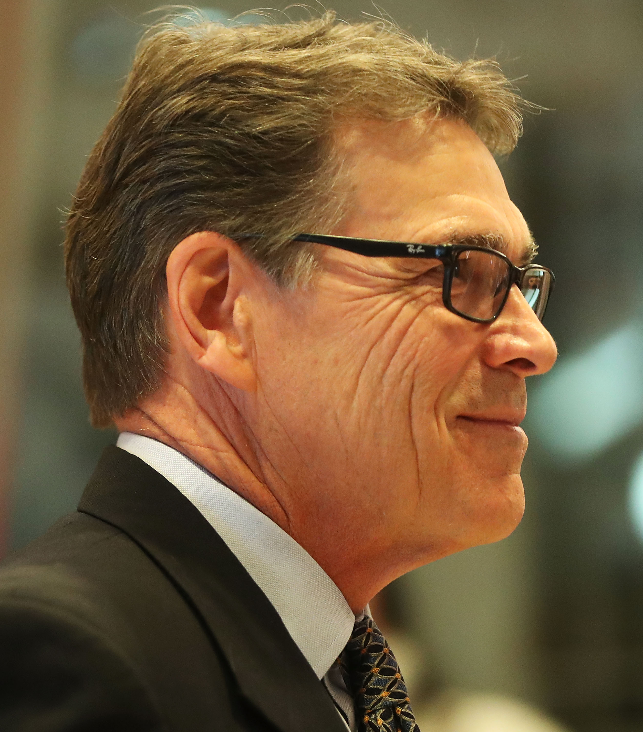 Donald Trump Tabs Texas Governor Rick Perry For Top Energy Post